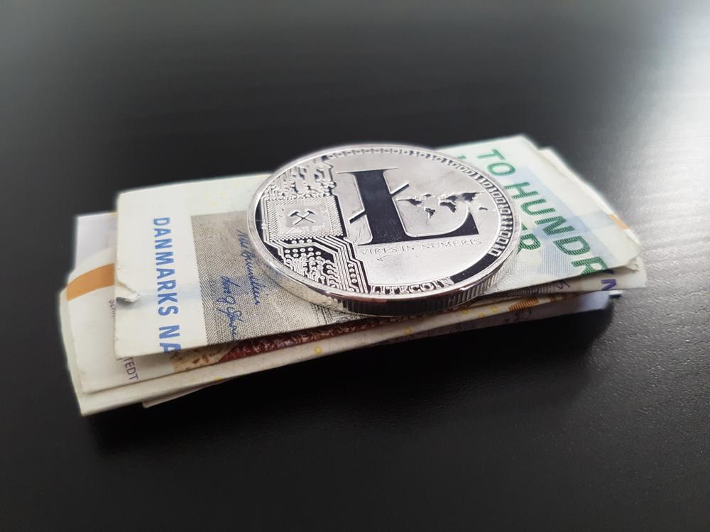công cụ tiền tệ quốc tế